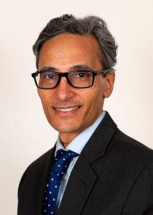 Dr. Farhan Ahmad