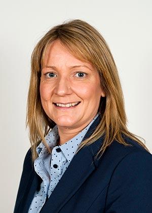Dr Jennifer Braid